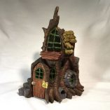 Stump Cottage stand alone